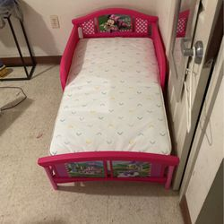 Little Girl Bed Almost New for Sale in Boston,  MA