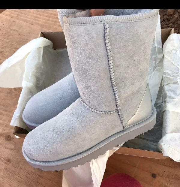 UGG WOMEN'S BOOTS WATERPROOF SIZE 7 NEW