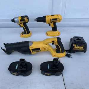 Dewalt 18v Cordless 3 Pieces Combo for Sale in Fountain Valley, CA