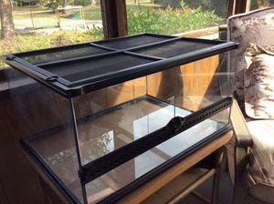 Reptile aquarium 24x18 for Sale in Newport News, VA