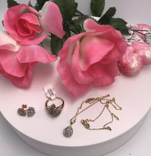 Set de oro de 10k con diamantes /Diamond and Gold Set for Sale in Adelphi, MD