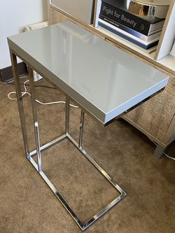 Side Table for Sale in Bellevue,  WA