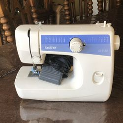 Brother Sewing Machine for Sale in Herndon,  VA