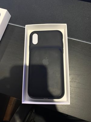 iphone XR smart battery case for Sale in Miami, FL
