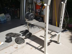Gym bench and set of weights for Sale in Fort Lauderdale, FL