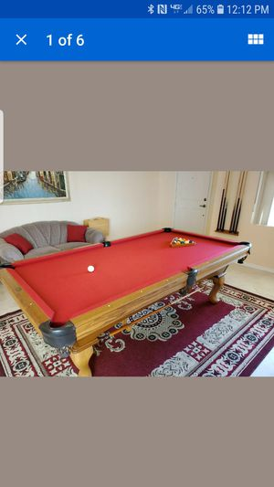 Olhaussen. Quality pool table for sale great condition three-piece slate for Sale in Galloway, OH