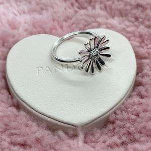 Daisy Flower Pandora Ring Size 58EU/8.5US for Sale in Waukegan, IL
