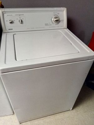Kenmore washer top load, Bissell shampooer for Sale in Gardena, CA