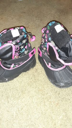 Athletech Girls Snow Boots for Sale in Brooklyn Park, MD