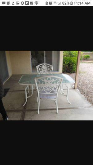 Nice patio table w/ chairs for Sale in San Diego, CA