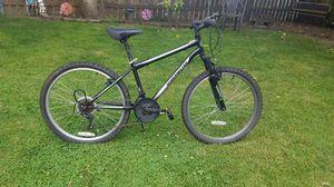Roadmaster Granite Peak 18 speed Mountain Bike for Sale in Oregon City, OR
