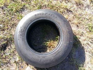 Extremely extremely heavy duty tires for Sale in Hollywood, FL