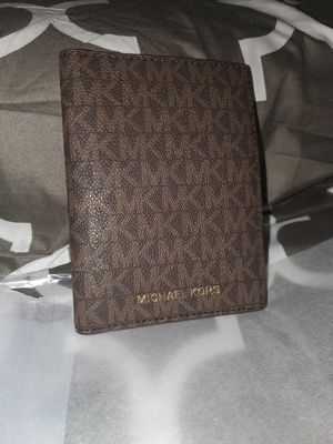 Authentic MK passport wallet for Sale in Stockton, CA