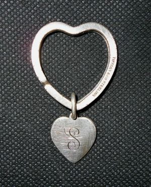 Tiffany & Co. Vintage Authentic Sterling Silver Double Heart Keychain for Sale in Island Lake, IL