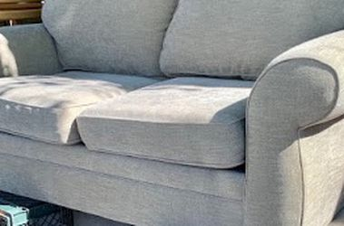 """#104049 Pottery Barn Taupe Loveseat 70 ½"""" L x 38"""" D x 32"""" H for Sale in Alameda,  CA"""