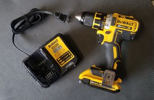 Dewalt 20v Drill w Charger and Battery for Sale in Atascocita, TX