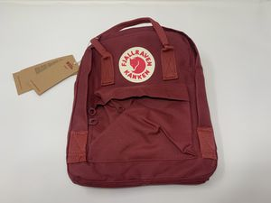 Fjallraven, Kanken Mini Classic Backpack for Everyday for Sale in Queens, NY
