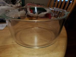 Pyrex 3 quart for Sale in Philadelphia, PA