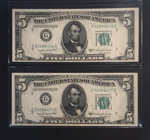 TWO About Uncirculated Consecutive 1950 C Five 5 Dollar Bills for Sale in Geneva, IL