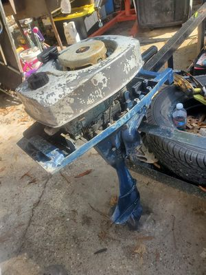 Eska/ ted williams 5.5hp outboard motor for Sale in Roman Forest, TX