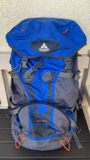 Vaude Asymmetric 50 backpack for Sale in Chula Vista, CA