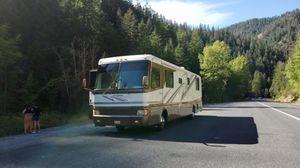 1999 Monaco Diplomat 38' Diesel pusher for Sale in Seattle, WA