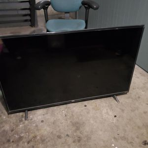 Tcl 55 Inch Roku TV Black for Sale in Tacoma, WA