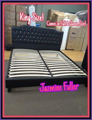 King size platform bed frame for Sale in Glendale, AZ