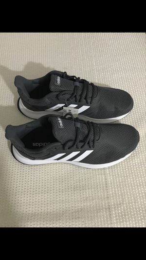 Men Brand new adidas tennis shoes. Size 10.5 for Sale in Sterling, VA