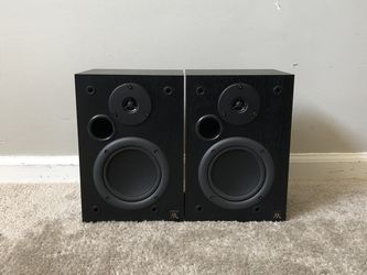 Acoustic Research AR 215 PS 2 Way Home Bookshelf Speakers for Sale in Mount Prospect,  IL