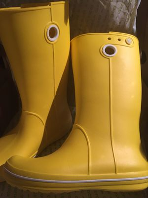 NEW Crocs Women's Crocband Jaunt Rain Boots for Sale in McLean, VA