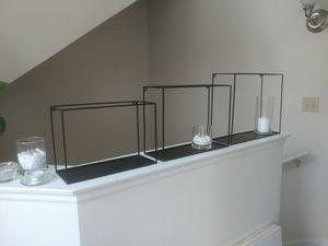 Minimal Black frame wall shelves (set of 3) for Sale in Orlando, FL