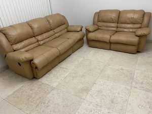 Tan leather recliner for Sale in Miami, FL