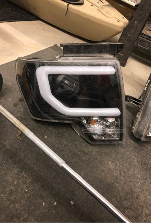 09-14 F150 HID Version (D3S) DRL Bar Strip Projector Headlights Lamp Black for Sale in San Angelo, TX