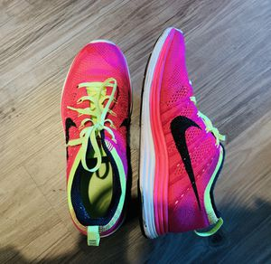Moving Sale- Nike tennis shoes for Sale in Santa Monica, CA