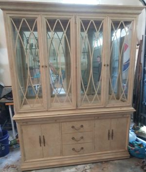 Antique china cabinet for Sale in Gastonia, NC