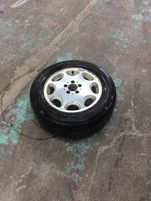 Tire 225/60/16 used one Goodyear Mercedes for Sale in Silver Spring, MD