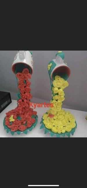 Cascadas de flores de porcelana Fría for Sale in Miami, FL