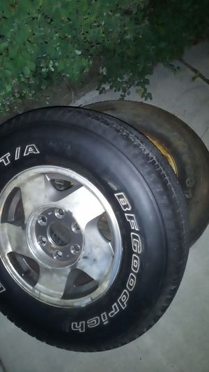 Like new tires for Sale in Boston, MA
