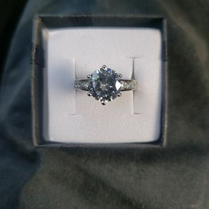 127976062 925 Sterling Silver Round 6 claws CZ Ring for Sale in Haines City, FL