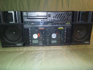 **VINTAGE RARE**YORK 2 WAY SPEAKER SYSTEM BP1000 TRIPLE CASSETTE PLAYER** HAS RARE DETACHABLE WALKMAN ** HARD TO FWALKM WORKS AND SOUNDS GREAT** for Sale in Bakersfield, CA