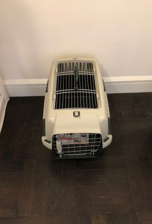 Dog crate for Sale in New York, NY