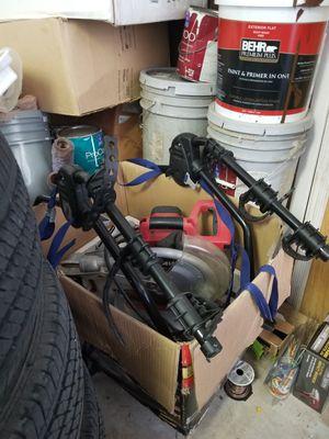 Folding 3 bike rack (Thule) for Sale in Homestead, FL