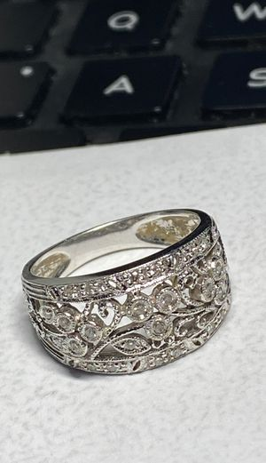 Absolutely gorgeous solid white gold diamond ring size 7 for Sale in Miami, FL