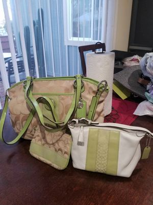 Authentic Coach lots bundle for Sale in Lincoln Acres, CA