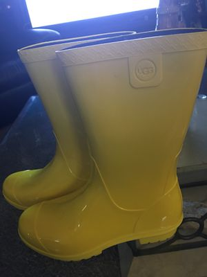 Youth Ugg rain boots for Sale in Pittsburgh, PA