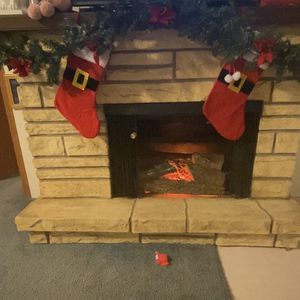 Eléctric Heater Fireplace for Sale in Grinnell, IA