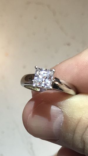 Gold ring 14k engagement wedding solitaire for Sale in Chicago, IL