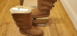 UGG Boots with 3 Bows in the Back size 7 and 8 for Women . for Sale in Paramount, CA