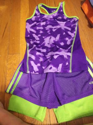 Girls size 7/8 outfit for Sale in Fresno, CA